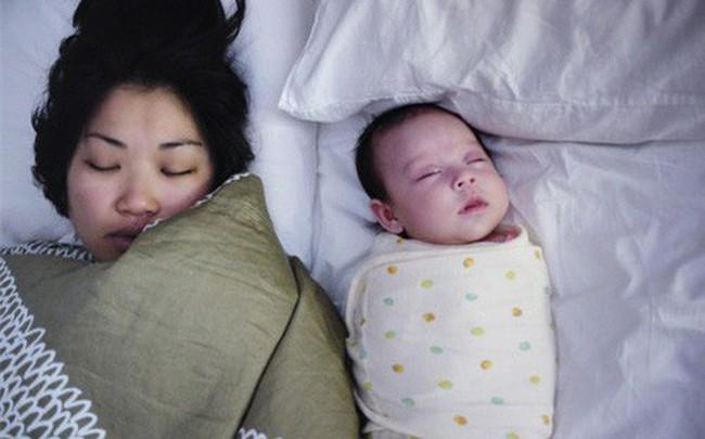 Đằng sau những vụ tử vong của trẻ sơ sinh khi ngủ là lời cảnh báo đau lòng của chính viên cảnh sát dành cho bố mẹ - Ảnh 2.