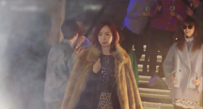 Phụ lục tình yêu: Hội gái già quá lứa của Lee Na Young vừa xuất hiện đã gây chấn động - Ảnh 2.