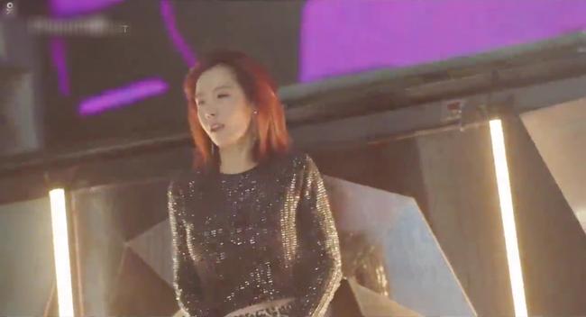 Phụ lục tình yêu: Hội gái già quá lứa của Lee Na Young vừa xuất hiện đã gây chấn động - Ảnh 5.