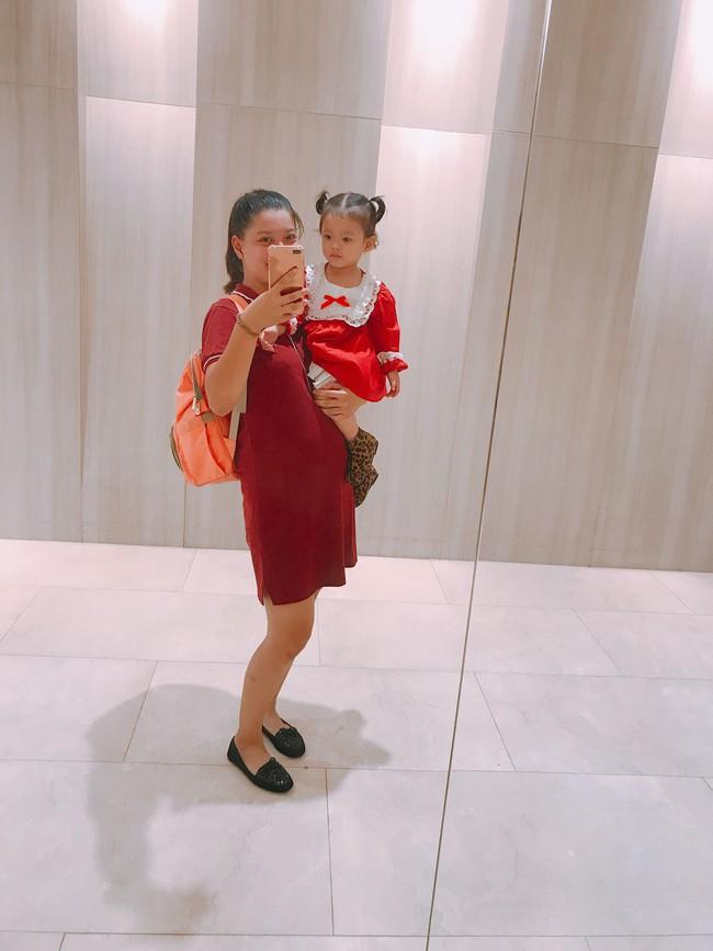 Mang thai 35 tuần chỉ tăng 3kg, vẫn xinh đẹp, đi du lịch thoải mái và bí quyết đáng học hỏi của bà mẹ 2 con - Ảnh 4.