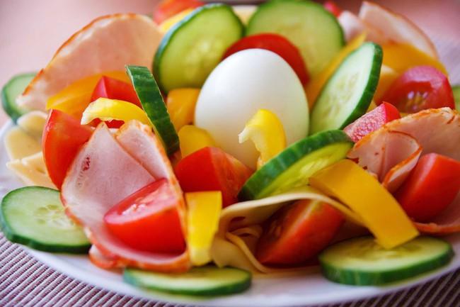 Ngoài giảm cân, chế độ ăn này còn có tác dụng hạ huyết áp, cải thiện sức khỏe tim mạch  - Ảnh 5.