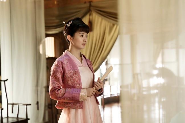 Triệu Lệ Dĩnh: Từ cô gái chỉ biết phùng mang trợn mắt cho đến nàng Minh Lan vạn người mê đắm  - Ảnh 9.