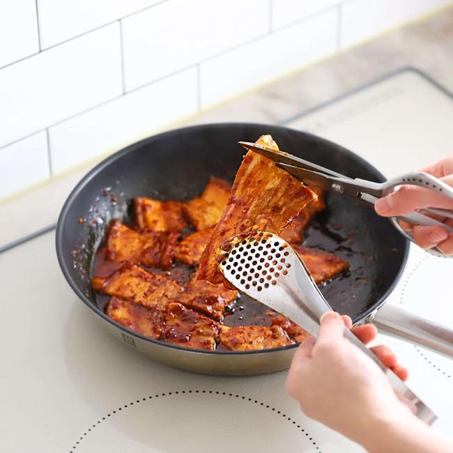 Từ khi học được cách làm thịt áp chảo kiểu Hàn, tôi tiết kiệm được bao nhiêu tiền vì không phải ra tiệm ăn nữa - Ảnh 4.