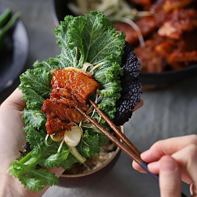 Từ khi học được cách làm thịt áp chảo kiểu Hàn, tôi tiết kiệm được bao nhiêu tiền vì không phải ra tiệm ăn nữa - Ảnh 6.