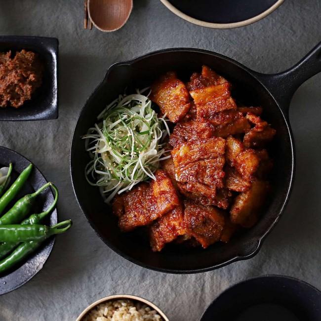 Từ khi học được cách làm thịt áp chảo kiểu Hàn, tôi tiết kiệm được bao nhiêu tiền vì không phải ra tiệm ăn nữa - Ảnh 5.