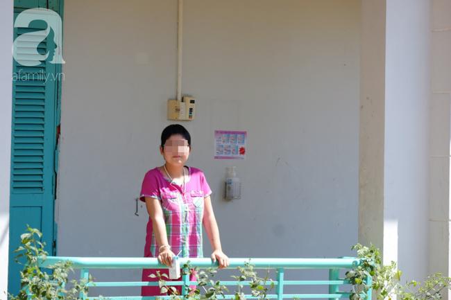 Thương tâm cô gái thiểu năng nhiễm HIV, mang bầu khi mới 21 tuổi: Bác sĩ chỉ cách cứu con thoát bệnh hiểm nghèo - Ảnh 4.