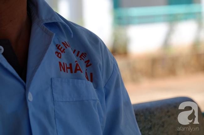 Thương tâm cô gái thiểu năng nhiễm HIV, mang bầu khi mới 21 tuổi: Bác sĩ chỉ cách cứu con thoát bệnh hiểm nghèo - Ảnh 3.