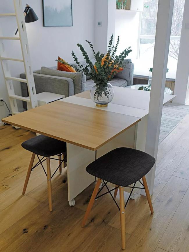 Căn hộ 48m² hẹp và dài gây ấn tượng với thiết kế mở có thể ở đến 6 người  - Ảnh 7.