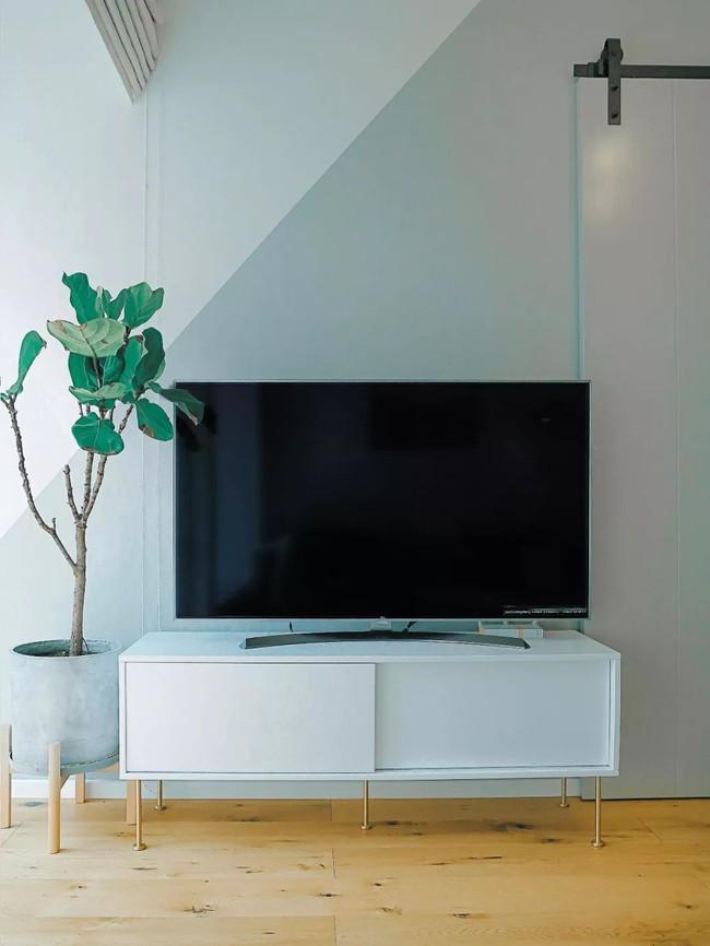 Căn hộ 48m² hẹp và dài gây ấn tượng với thiết kế mở có thể ở đến 6 người  - Ảnh 3.