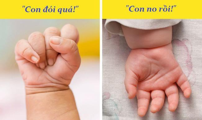 """Giải mã những dấu hiệu qua ngôn ngữ cơ thể mà bé sơ sinh đang muốn """"nói"""" với mẹ - Ảnh 4."""