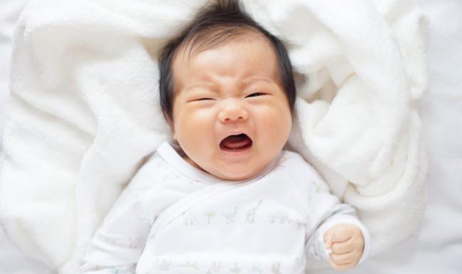 Bác sĩ nhi khoa tiết lộ nỗi sợ hãi thực sự của các bé sơ sinh khi mới chào đời khiến ai cũng sẽ bất ngờ - Ảnh 1.