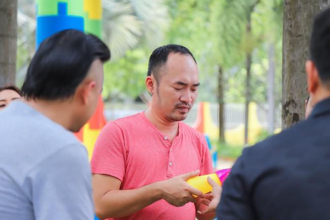 Cười ngất với Trận chiến sinh tử của vợ chồng Thu Trang - Tiến Luật - Ảnh 8.