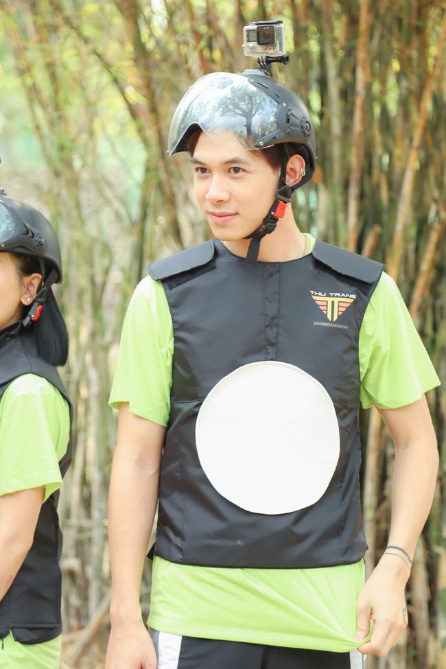 Cười ngất với Trận chiến sinh tử của vợ chồng Thu Trang - Tiến Luật - Ảnh 3.