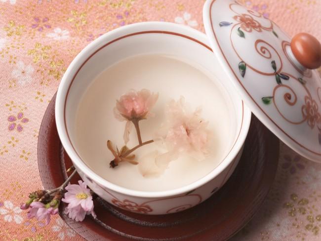 Hoa đào không chỉ dùng để làm cảnh, bạn hoàn toàn có thể sử dụng làm thuốc chữa bệnh theo nhiều cách - Ảnh 2.