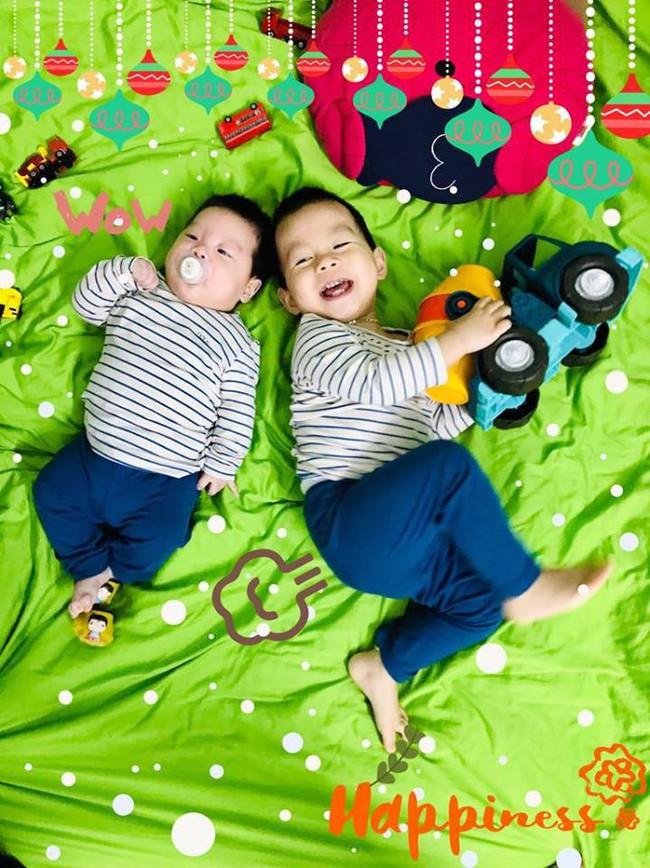 2 năm 2 đứa, mẹ 9X vẫn nhàn tênh nhờ bí quyết luyện con ngủ xuyên đêm từ khi mới sinh - Ảnh 2.