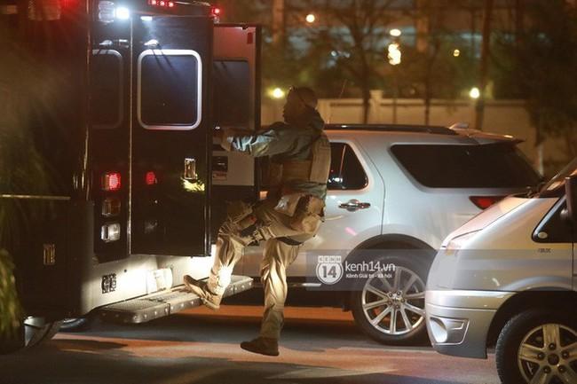 Tổng thống Mỹ Donald Trump xuống chuyên cơ, đang trên siêu xe quái thú vào trung tâm Hà Nội  - Ảnh 31.