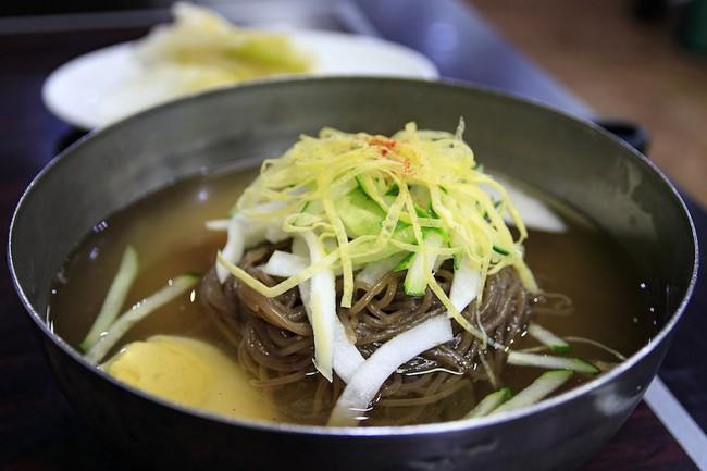 5 món ăn hấp dẫn của đất nước bí ẩn Triều Tiên  - Ảnh 3.