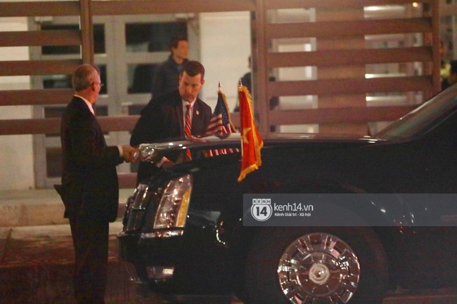 Tổng thống Mỹ Donald Trump xuống chuyên cơ, đang trên siêu xe quái thú vào trung tâm Hà Nội  - Ảnh 35.