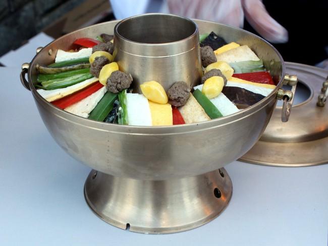 5 món ăn hấp dẫn của đất nước bí ẩn Triều Tiên  - Ảnh 1.