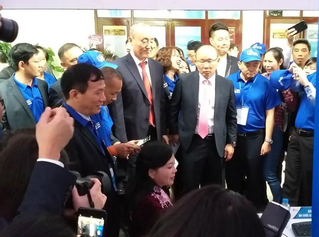 HLV Park Hang Seo chia sẻ kinh nghiệm nâng cao sức khỏe của bản thân trong ngày phát động Chương trình Sức khỏe Việt Nam - Ảnh 8.