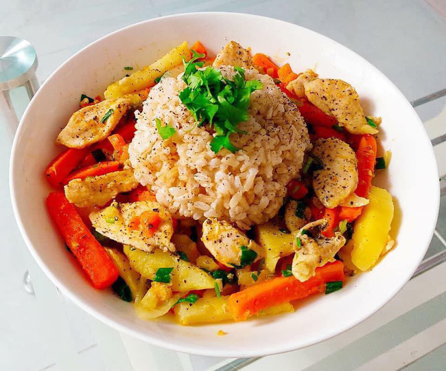 Hana Giang Anh đưa ra một số thực đơn giảm cân, ai muốn theo đuổi ăn sạch thì quá là hữu ích - Ảnh 3.
