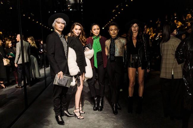 Hà Hồ diện áo lông sang chảnh, sánh đôi cùng Lý Quí Khánh trong show Saint Laurent tại Tuần lễ thời trang Paris - Ảnh 5.