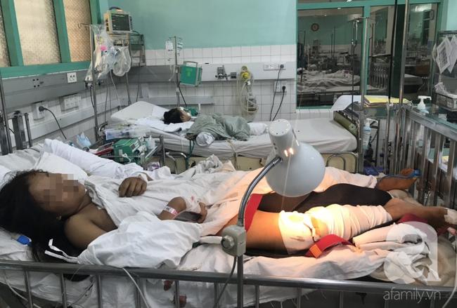 Bác sĩ vội vã trở lại viện, xuyên màn đêm cứu chân bé gái 13 tuổi trong ngày Thầy thuốc Việt Nam - Ảnh 1.