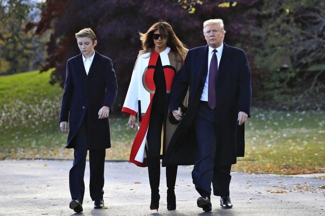 Cậu út nhà Trump - phiên bản nhí của Tổng thống Donald Trump: Vẻ ngoài sáng láng như tài tử, gu thời trang chỉn chu lịch lãm ngay từ khi còn nhỏ xíu - Ảnh 10.