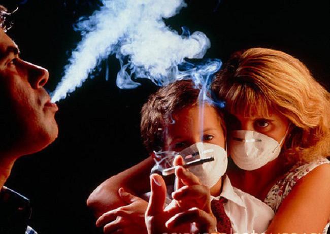 Giáo viên xinh đẹp không hút thuốc, uống rượu vẫn bị ung thư phổi giai đoạn cuối - Ảnh 2.