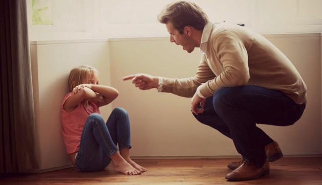 5 câu nói mà cha mẹ rất không nên nói với con cái, đặc biệt là trong những ngày Tết thế này - Ảnh 3.