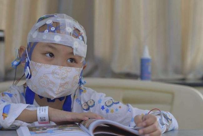 Con gái 3 tuổi bị ung thư máu, mẹ tìm ra nguyên nhân rồi bủn rủn chân tay vì biết thủ phạm là chính mình - Ảnh 2.