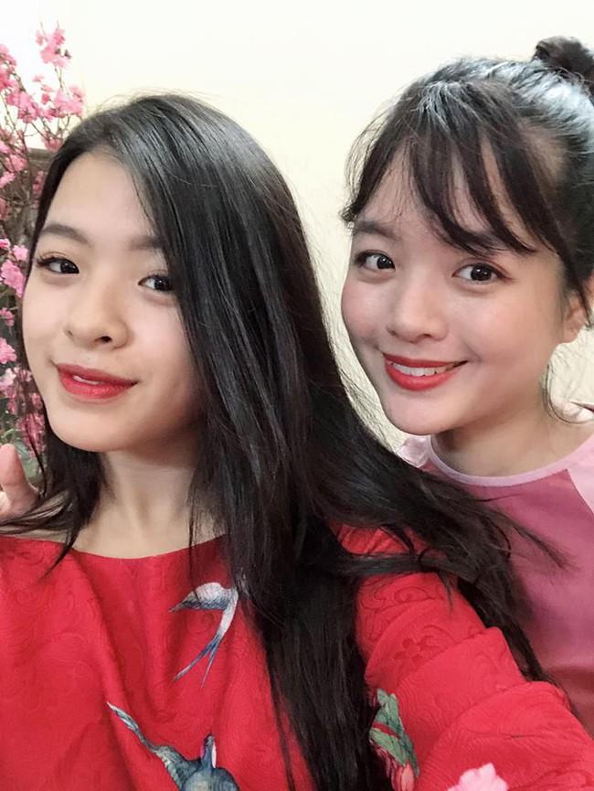 2 con gái nghệ sĩ Chiều Xuân khoe ảnh áo dài đón Tết, ai cũng ngỡ ngàng vì quá xinh đẹp giống mẹ - Ảnh 2.