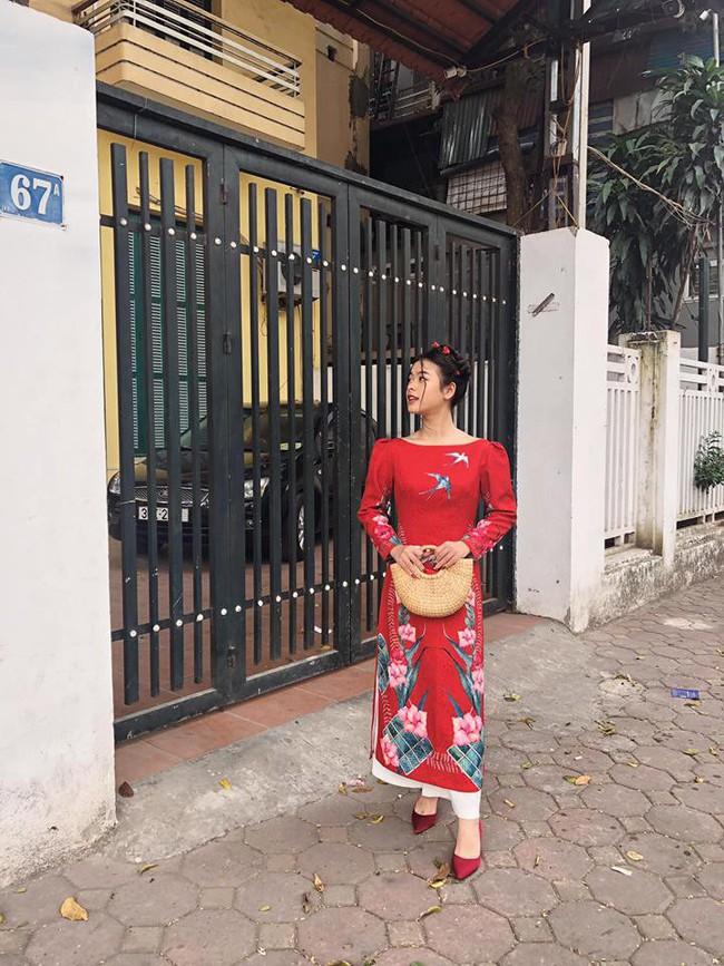 2 con gái nghệ sĩ Chiều Xuân khoe ảnh áo dài đón Tết, ai cũng ngỡ ngàng vì quá xinh đẹp giống mẹ - Ảnh 3.