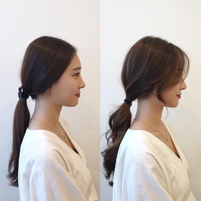 Bức ảnh chứng minh: tóc thẳng buộc thấp có thể già nhưng khi uốn xoăn lại là cả một bầu trời nhan sắc - Ảnh 1.