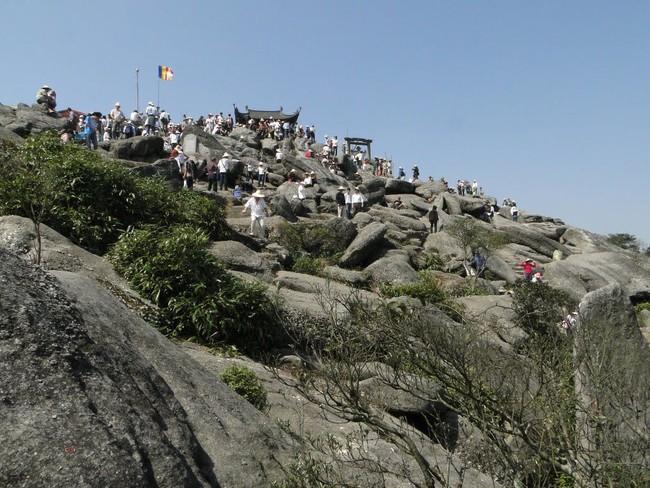 4 lễ hội đầu năm cứ khai hội là đông đến nghẹt thở của miền Bắc - Ảnh 3.