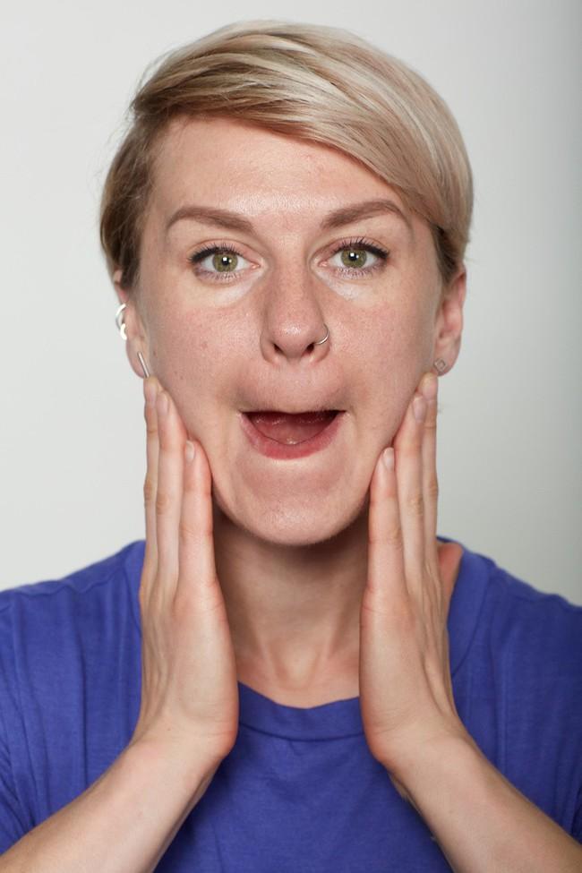 10 bài tập trên khuôn mặt có thể làm cho bạn có chiếc mũi trông duyên dáng hơn, đôi môi trông căng hơn - Ảnh 11.