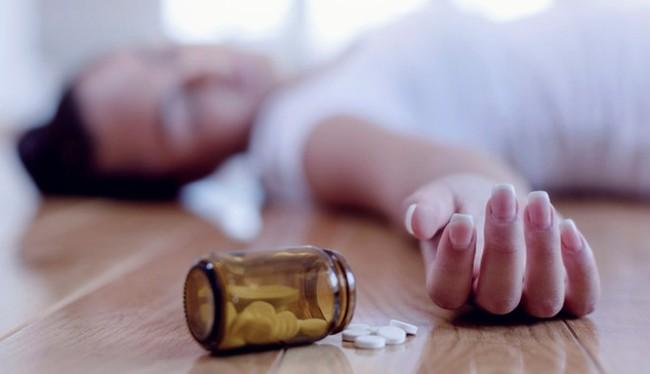 Ca sĩ MiA nhập viện do uống cùng lúc 5 viên thuốc giảm đau, cảnh báo bất cứ ai lạm dụng loại thuốc này - Ảnh 5.