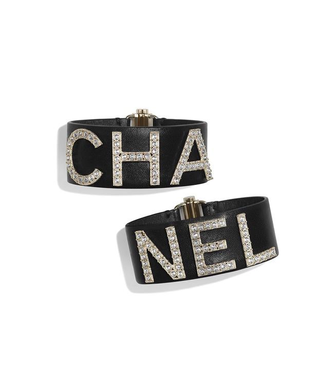 Diện nguyên set Chanel đắt đỏ, Lan Khuê còn biết phá cách bởi một chi tiết khá hay ho - Ảnh 4.