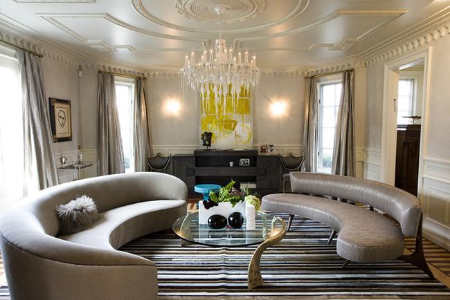 Thay da đổi thịt cho căn phòng khách gia đình bằng những món đồ nội thất hiện đại - Ảnh 3.