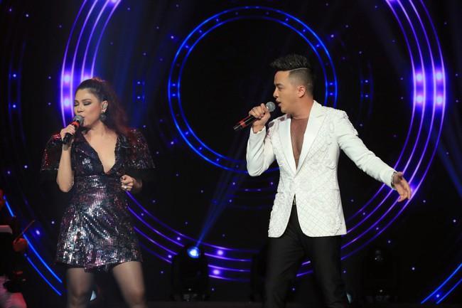 Dù có sự xuất hiện của chồng và con gái, Thanh Thảo vẫn tình tứ với dàn sao nam nổi tiếng trong liveshow - Ảnh 13.