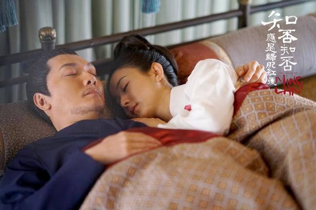 Không phải chỉ đến khi sinh con, Triệu Lệ Dĩnh mới được chồng yêu chiều, khi đóng phim, cô nàng còn được hơn thế nữa!  - Ảnh 12.