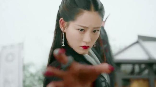 Biết fan mong ngóng, Tân Ỷ thiên tung ngay cảnh Triệu Mẫn phá đám cưới, cướp Trương Vô Kỵ khỏi tay Chu Chỉ Nhược - Ảnh 12.