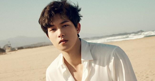 """""""Con trai"""" Jang Dong Gun trong """"Phẩm chất quý ông"""" chính là nhân vật trùm sò tiếp theo thường xuyên chia sẻ clip sex trong nhóm chat  - Ảnh 1."""