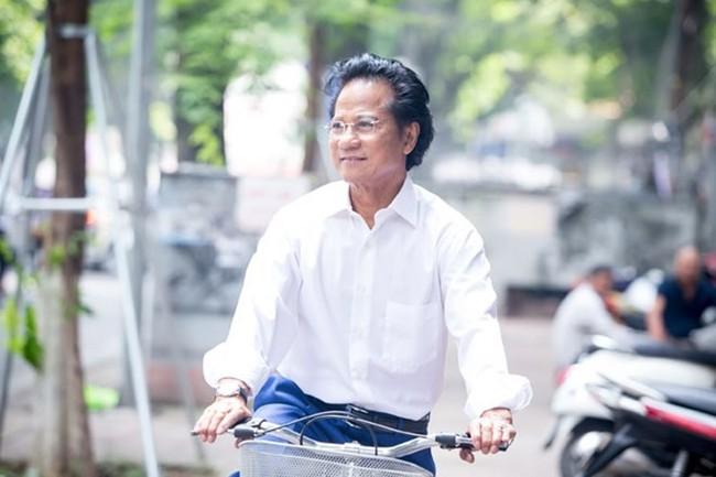 Chế Linh lần đầu đứng chung sân khấu với Như Quỳnh tại Hà Nội - Ảnh 2.