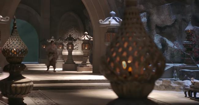 Ngạc nhiên chưa, khi cả võ lâm còn dùng nến thì Minh Giáo Tân Ỷ Thiên Đồ Long Ký 2019 đã có hẳn... đèn pha! - Ảnh 6.