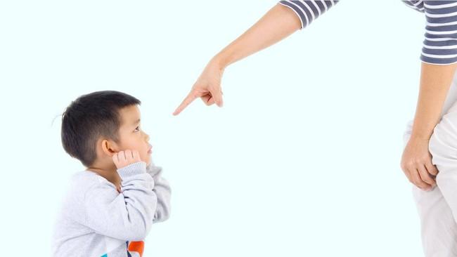 Những phương pháp kỷ luật trẻ sai lầm bất cứ bậc phụ huynh nào cũng có thể mắc phải mà không biết - Ảnh 1.