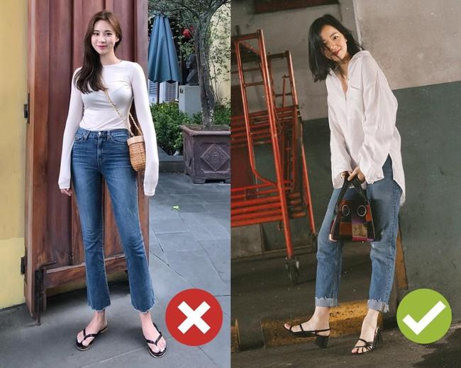 Khuyên thật lòng: Bạn đừng mix quần jeans với 3 kiểu giày dép này kẻo phí cả set đồ  - Ảnh 5.