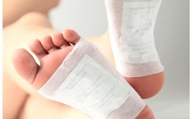 Những cách chữa bệnh sai lầm từ tỏi nhiều người vẫn  áp dụng - Ảnh 3.