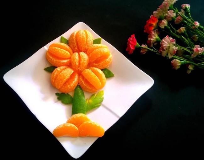 Lác mắt với những cách cắt xếp trái cây đẹp mê hồn của mẹ đảm Sài Gòn - Ảnh 12.
