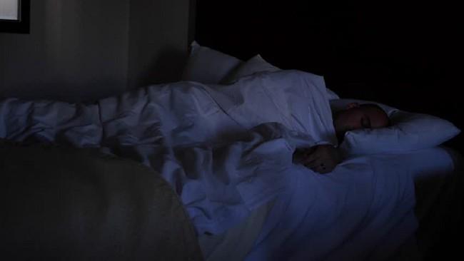 5 sai lầm trong cách sắp xếp phòng ngủ có thể khiến bạn bị chứng mất ngủ thường xuyên  - Ảnh 4.
